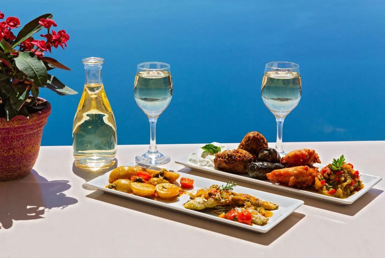 Grčka dijeta: Izgubite kilograme jednostavno, zdravo i na grčki način!
