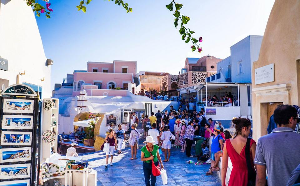 Ne dozvoljavamo da Santorini postane…