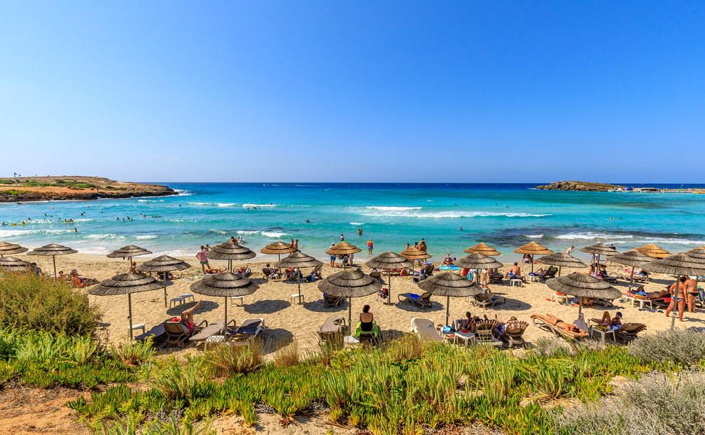 Vodič za Kipar: Najbolje plaže u Aja Napi