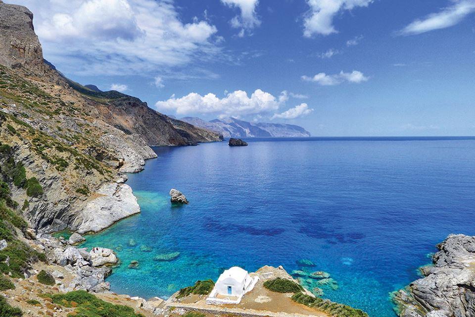 Upoznajte grčko ostrvo Amorgos u Kikladima