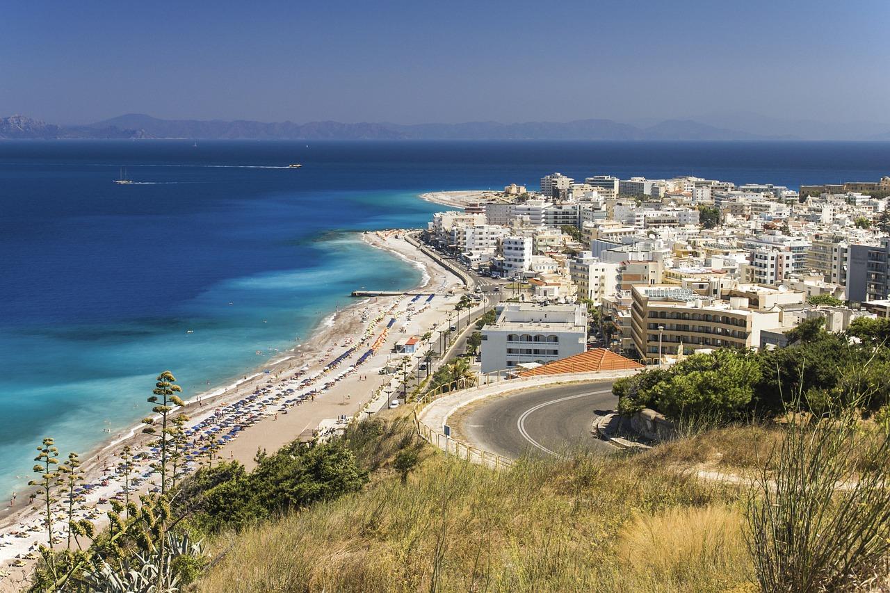 Besplatno letovanje! Agencija vodi u Grčku 187 turista, a prijavilo se 25.000!