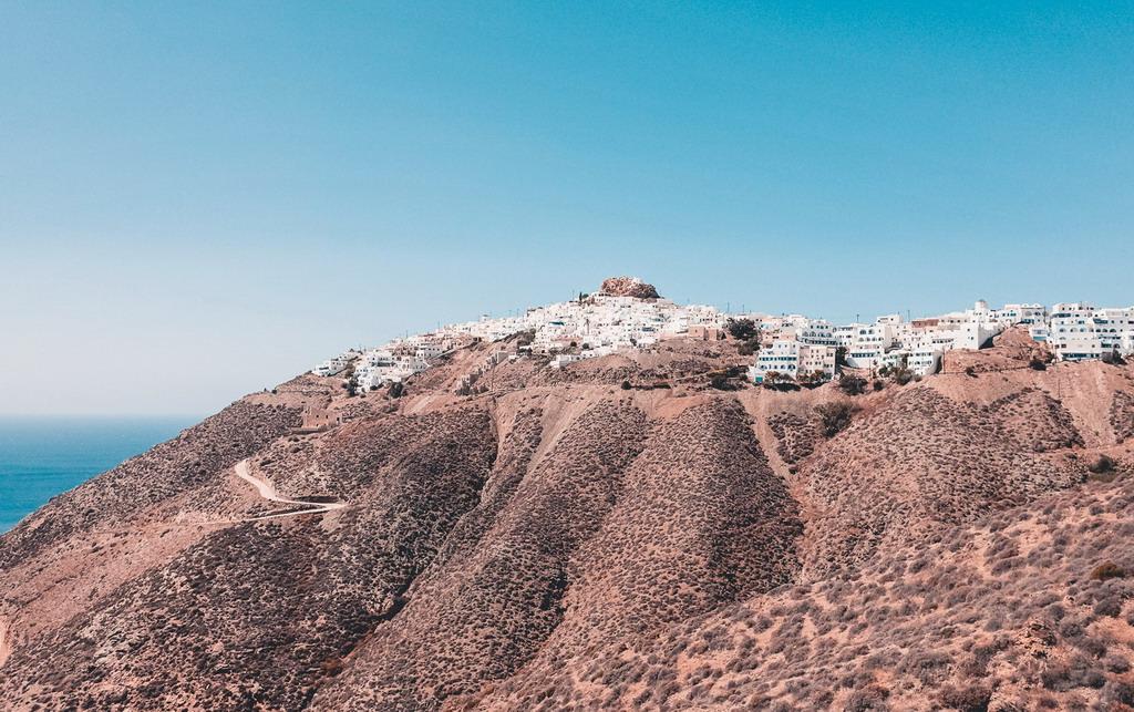 Grčka kojom se ređe ide: Zaboravljeno malo ostrvo nedaleko od Santorinija