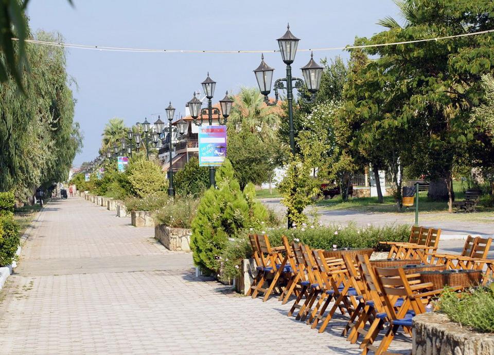 Paralia Dionisiou - miran odmor na Halkidikiju