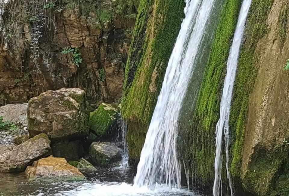 Varvara vodopadi, Halkidiki: Skriveni…