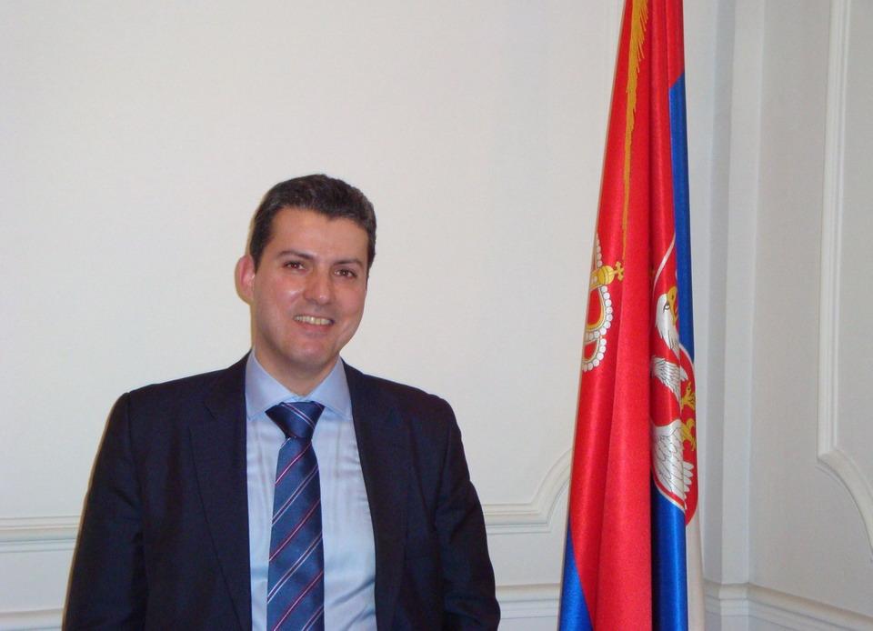 Grčki advokat Dimitris Billis savetuje kako da dobijete dozvolu boravka ili da otvorite firmu u Grčkoj