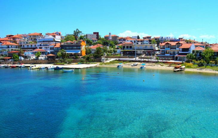 Amuljani - jedino naseljeno ostrvo Halkidikija