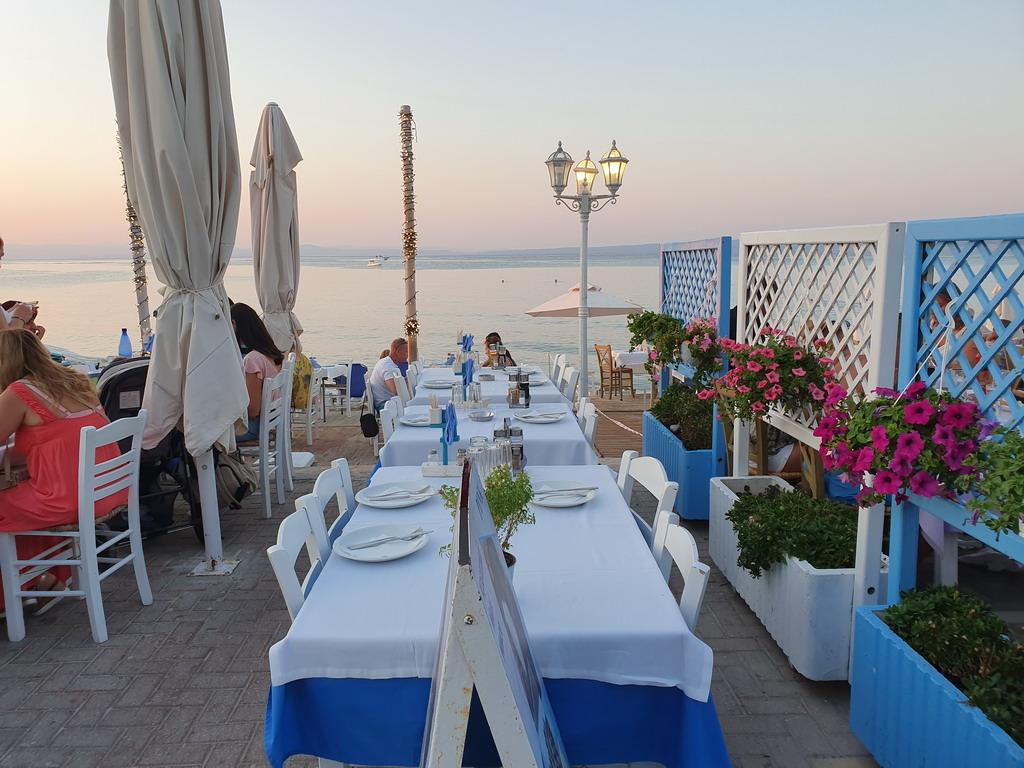 Grčka je spremna da snosi troškove turista za koje se ispostavi da su zaraženi