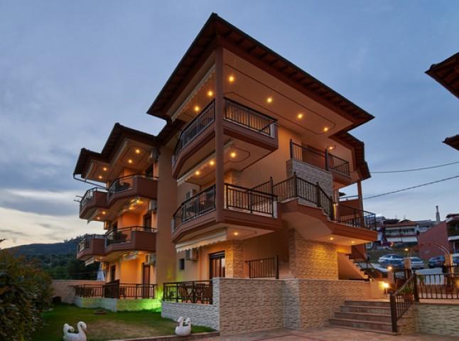 Fotini House
