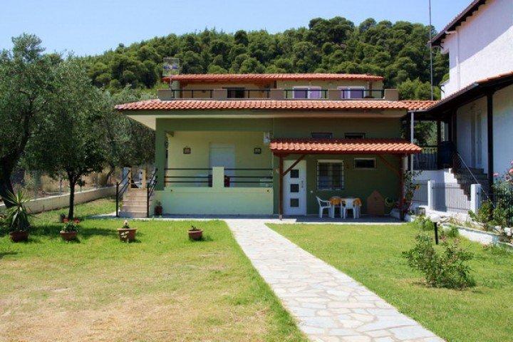 Villa Zamanis