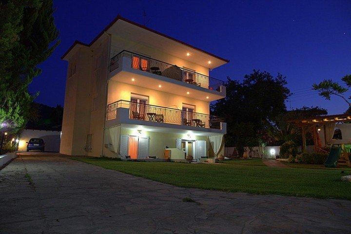 Servetas Apartments