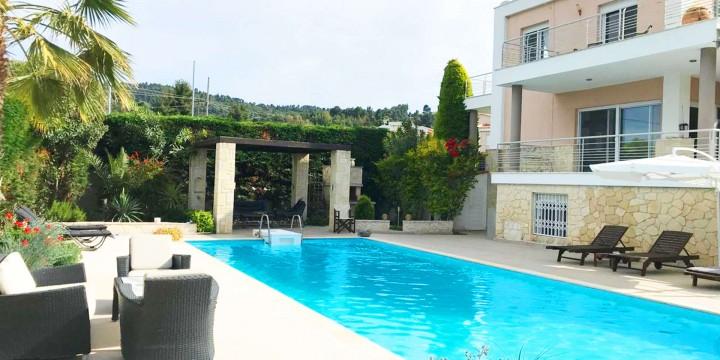 Paliouri Villa