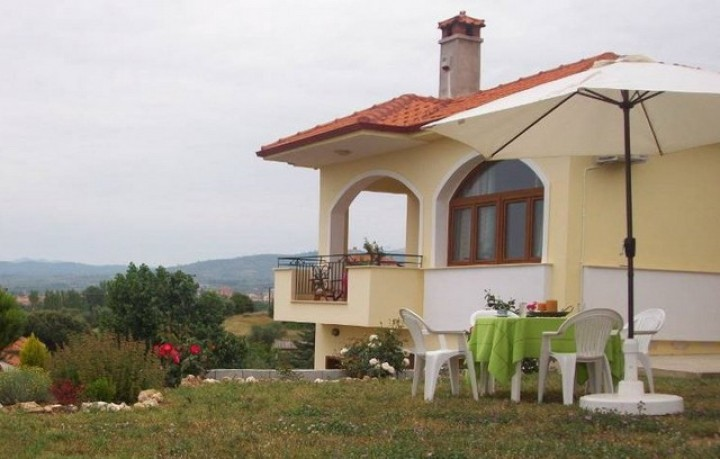 Nikiti House