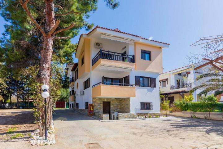 Galazia Akti Seaside Apartments
