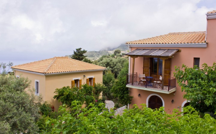 Porto Katsiki Studios & Apartments