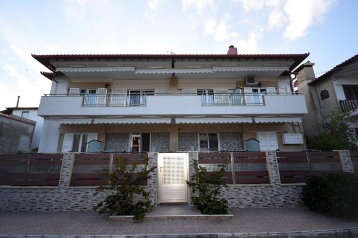 Elena's Apartments