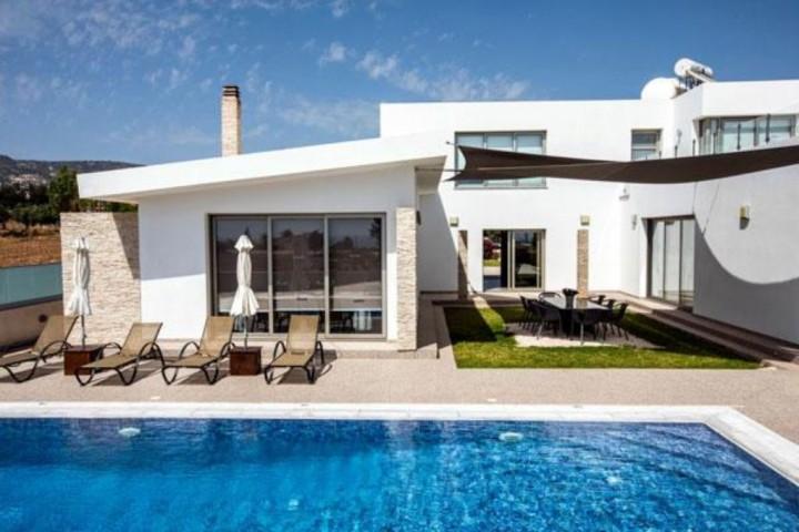 Grande Villa Paphos
