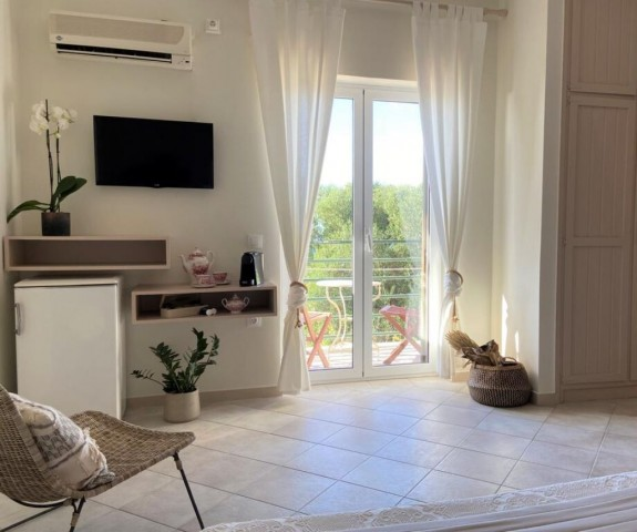 Drosia Chic & Classic Rooms