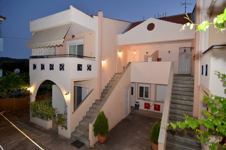 Amversa's House