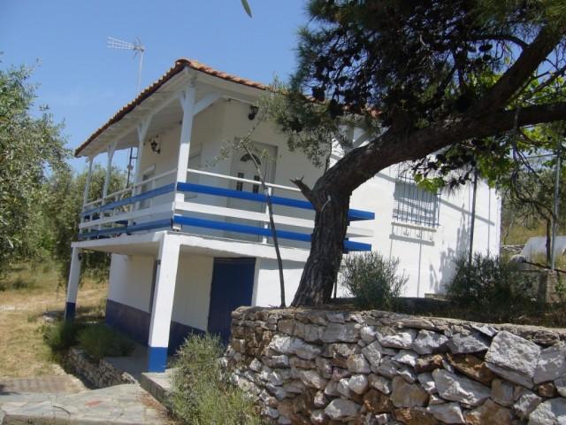Mathios Cottages
