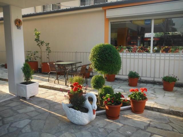 Dimitra's Apartments