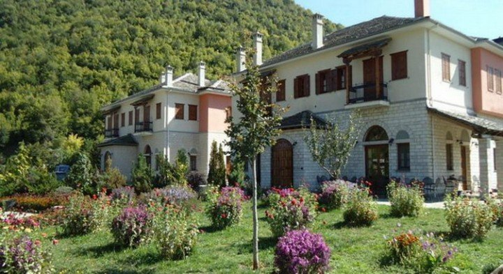 Hotel Dovra