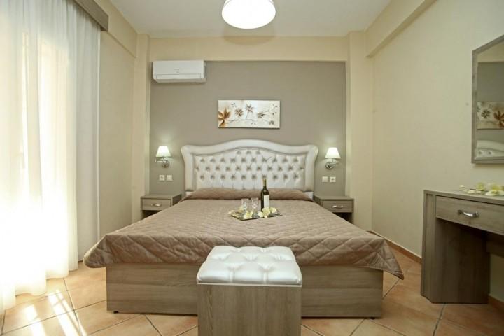 Myrto Rooms